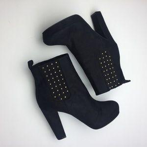 NWOB Studded Platform Ankle Bootie Suede Size 6 37